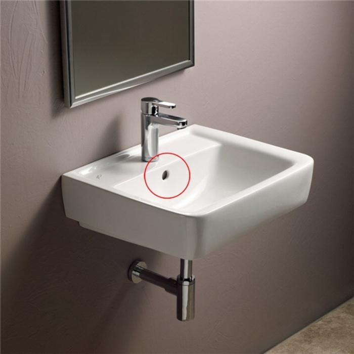 Ít ai ngờ lỗ nhỏ trên bồn rửa mặt lại có những tác dụng thần kỳ này-3