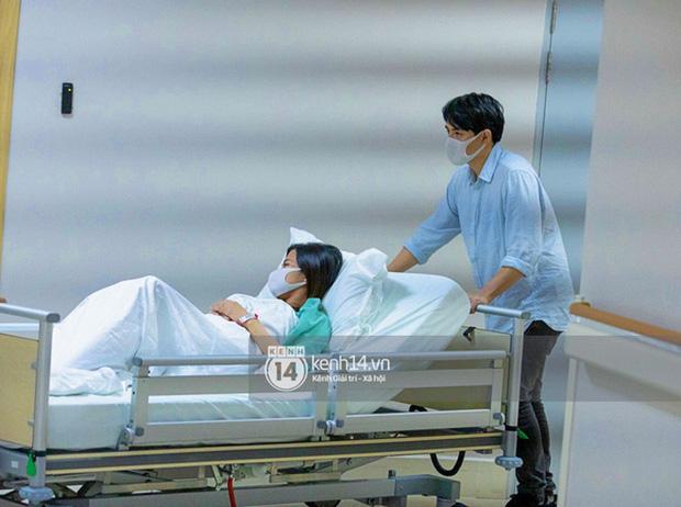Hé lộ khoảnh khắc Đông Nhi bất ngờ bật khóc trong lúc chuyển phòng sinh-3