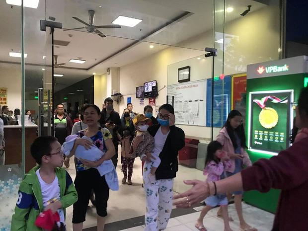 Hà Nội: Cháy lớn tại chung cư HH Linh Đàm, hàng nghìn người hoảng sợ tháo chạy vào sáng sớm-10