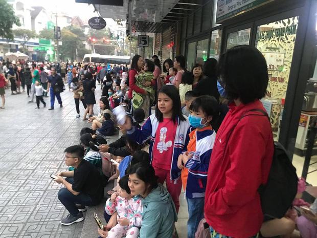 Hà Nội: Cháy lớn tại chung cư HH Linh Đàm, hàng nghìn người hoảng sợ tháo chạy vào sáng sớm-12
