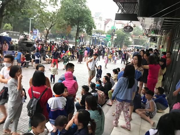 Hà Nội: Cháy lớn tại chung cư HH Linh Đàm, hàng nghìn người hoảng sợ tháo chạy vào sáng sớm-6