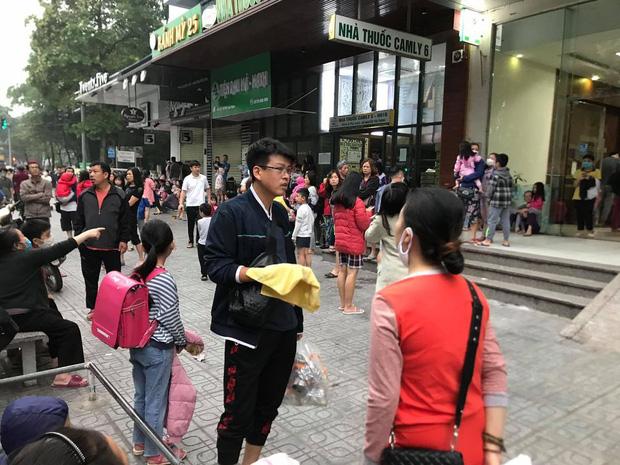 Hà Nội: Cháy lớn tại chung cư HH Linh Đàm, hàng nghìn người hoảng sợ tháo chạy vào sáng sớm-8