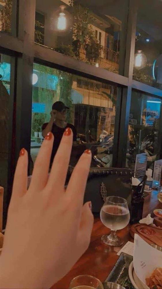 Rầm rộ loạt ảnh nghi vấn Quỳnh Kool hẹn hò chồng cũ Thu Quỳnh, đàng gái đã lên tiếng, còn đàng trai thì sao?-4