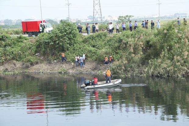 Đã tìm thấy thi thể nữ sinh Học viện Ngân Hàng dưới lòng sông Nhuệ-1