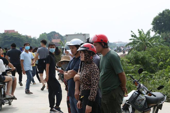 Đã tìm thấy thi thể nữ sinh Học viện Ngân Hàng dưới lòng sông Nhuệ-9