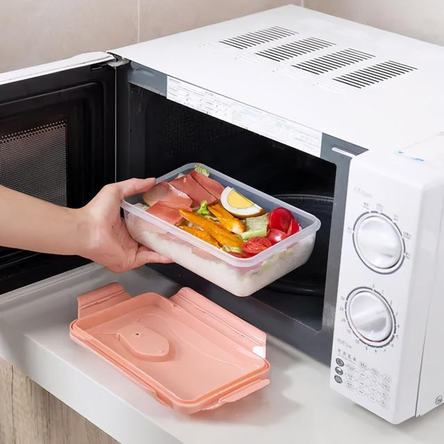 Bộ đồ ăn của bạn có thể dùng được trong lò vi sóng không? Muốn bệnh ung thư không ghé thăm, hãy tránh xa những loại hộp này!-1