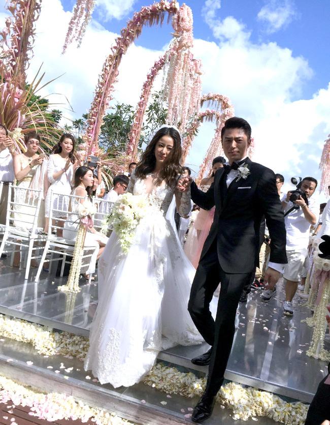 """4 năm hôn nhân của Lâm Tâm Như - Hoắc Kiến Hoa: Vợ luôn là người chịu tai tiếng cho đến khi giọt nước tràn ly"""", cãi nhau bỏ mặc nhà gái một mình giữa đường-6"""
