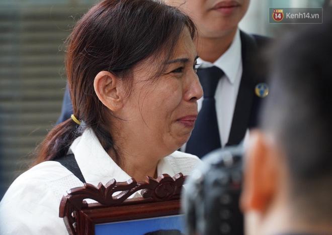 Vụ án mẹ đẻ, bố dượng bạo hành bé gái 3 tuổi tử vong: Cháu bị đối xử quá tàn nhẫn và độc ác mà tôi không hề hay biết-8