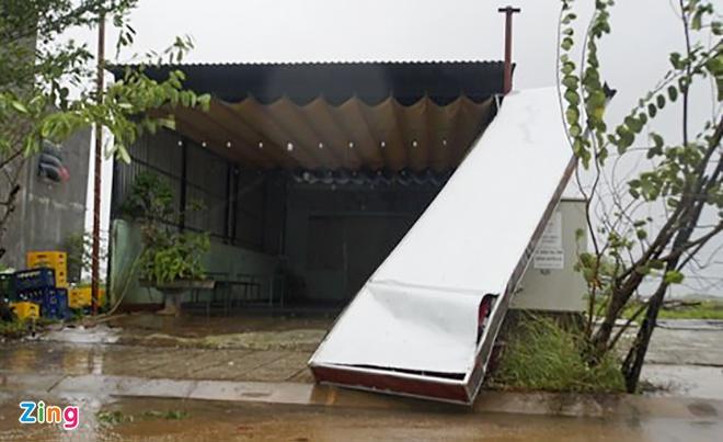 Hai người chết, 5 người bị thương ở Quảng Ngãi do bão số 9-1