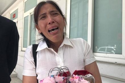 Vụ án mẹ đẻ, bố dượng bạo hành bé gái 3 tuổi tử vong: Cháu bị đối xử quá tàn nhẫn và độc ác mà tôi không hề hay biết