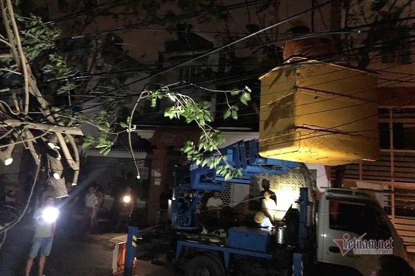 Sau bão số 9, đường phố Đà Nẵng, Quang Nam tan hoang không ngờ-20