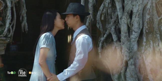 Chọc tức vợ yêu: Tổng tài Gia Bách nóng mặt khi thấy nữ chính khóa môi tình cũ-9