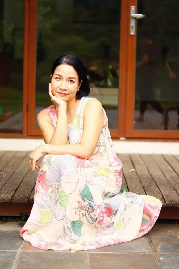Diva Mỹ Linh chụp ảnh cùng ba thế hệ trong nhà, hé lộ cuộc sống bình yên hiện tại-2