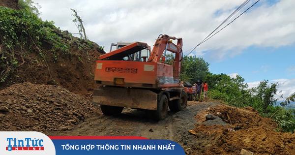 Thêm 1 vụ sạt lở nghiêm trọng tại Quảng Nam, 11 người huyện Phước Sơn bị vùi lấp