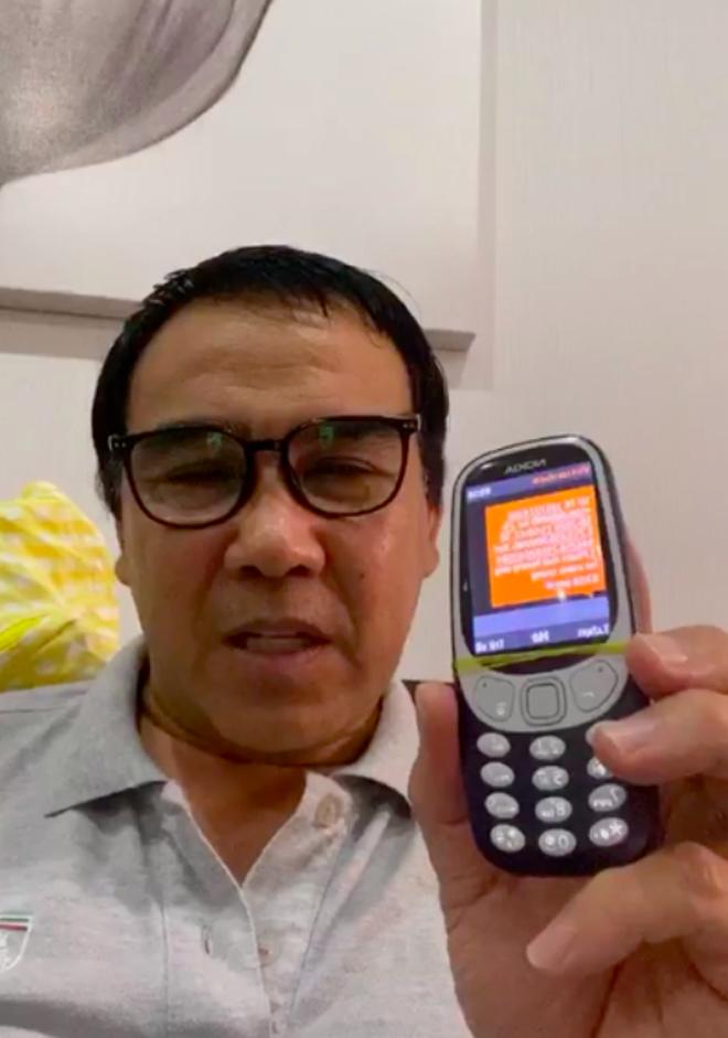 MC Quyền Linh kêu gọi được 2,3 tỷ đồng sau chưa đầy 1 giờ livestream, thông báo sẽ trực tiếp đến miền Trung cứu trợ-1