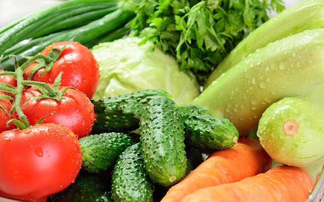 Chỉ với vật dụng quen thuộc này, chị em có thể bảo quản rau củ trong tủ lạnh cả 1 tuần, đảm bảo rau vẫn tươi xanh như vừa mới mua!-2