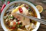Bí quyết nấu canh cá dưa chua không tanh, không nát ngày mưa bão
