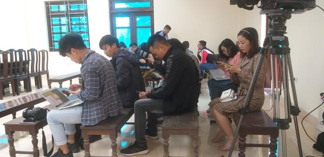 Mẹ mìn bắt cóc bé trai ở Bắc Ninh bị tuyên phạt 5 năm tù giam-10