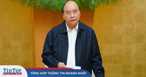 Thủ tướng Nguyễn Xuân Phúc: Hỗ trợ tiền cho người dân sửa nhà sập đổ, hư hỏng
