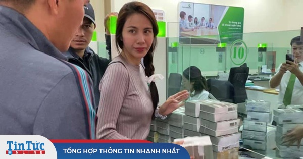 Vụ cán bộ thôn thu lại 400 triệu đồng cứu trợ, Thủy Tiên chính thức lên tiếng