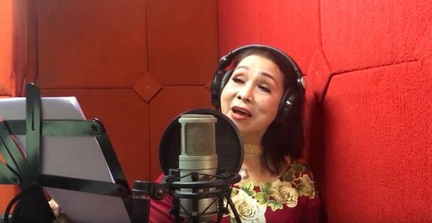 Sao Việt khiến fan nở mũi vì sở hữu học vị danh giá: Hoàng Thùy Linh có ý định học lên Tiến sĩ, Lê Âu Ngân Anh làm Thạc sĩ khi mới 24 tuổi-10