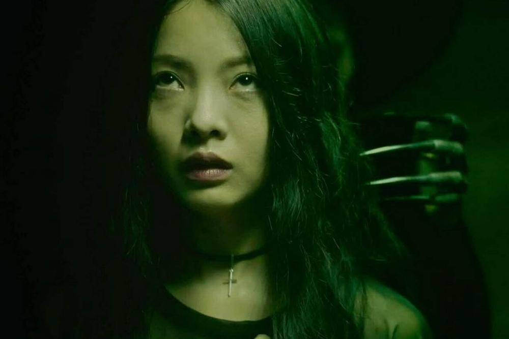 'Thang máy' - phim kinh dị Việt rập khuôn và phi lý-2