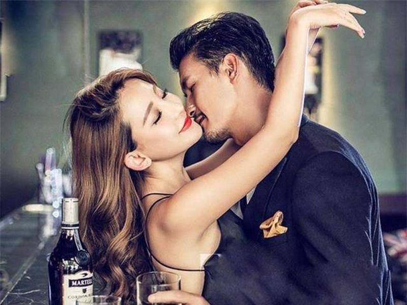 """Ham giàu nên đá"""" bạn gái lương thấp, chàng trai cưới vội"""" cô khác, sau khi biết rõ thân phận người yêu cũ lại hối chẳng kịp-2"""