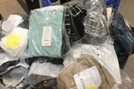 Phá kho đồ Tàu 'hô biến' thành hàng hiệu EU bán giá cắt cổ