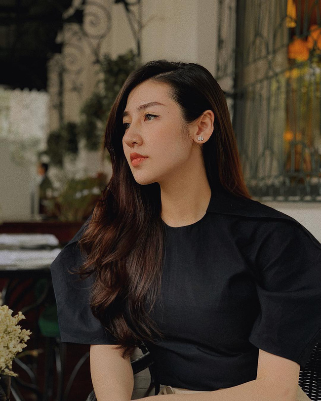 4 chiêu biến tóc từ rụng rơi lả tả thành đua nhau mọc của sao Việt: Cách nào cũng rẻ bèo, cực dễ học theo-5