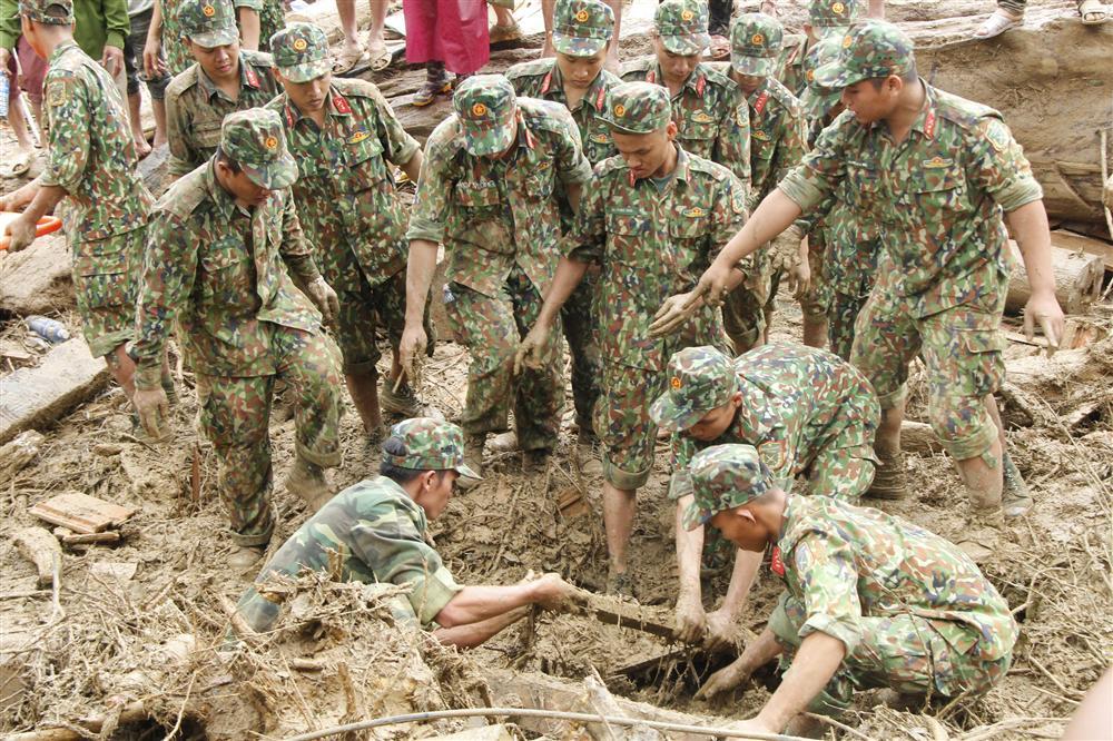 14 người mất tích ở Trà Leng: Đào xới hết khu sạt lở nhưng không tìm thấy ai-2