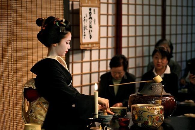 Rất lười tập thể dục nhưng vẫn sống thọ, WHO tiết lộ bí quyết của người Nhật đến từ một thức uống mà Việt Nam có vừa nhiều vừa rẻ-4