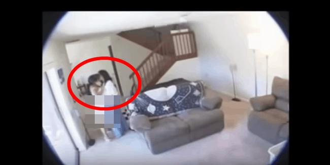 Nghi ngờ nữ giúp việc ăn cắp, người chồng lắp camera theo dõi trong nhà nhưng lại phát hiện bí mật ngoài sức tưởng tượng mà vợ che giấu bấy lâu-1