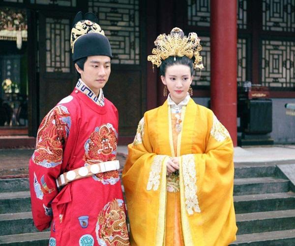 3 Hoàng hậu đáng thương nhất nhà Minh: Người bị Hoàng đế dọa đến mức sảy thai, kẻ bị phế truất nhưng thảm nhất là người bị bỏ mặc trong biển lửa-1