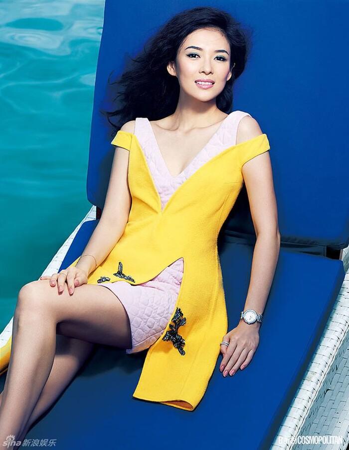 Sở hữu tủ đồ hiệu khủng nhưng Hương Giang vẫn nhiều lần bị nghi dùng hàng nhái-7