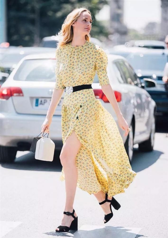 4 mẫu váy được yêu thích nhất dịp Thu Đông: Che dáng cực khéo mà vẫn max sành điệu-4