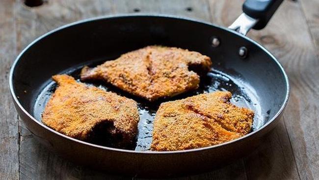 Dùng chảo chống dính khi nấu ăn, chuyên gia khuyến cáo điều quan trọng để tránh nguy cơ gây hại sức khỏe, ung thư-1