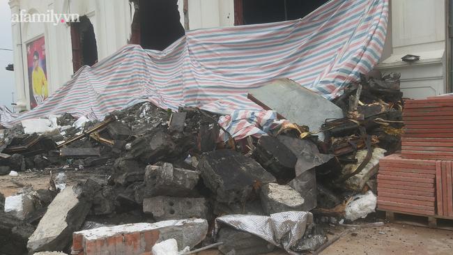 Cận cảnh bên trong quán bar X5 ở Vĩnh Phúc sau vụ hỏa hoạn khiến 3 thiếu nữ tử vong: Phải đục tường mới đưa được thi thể ra ngoài-12