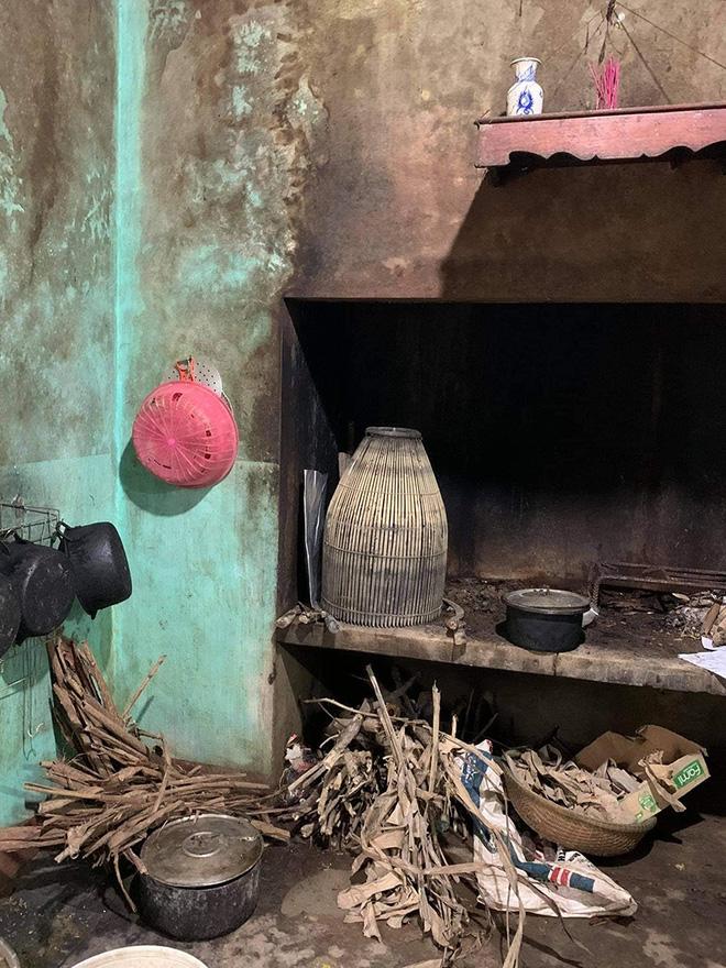 Thủy Tiên đăng ảnh nhà bác trưởng xóm ngoài đời thật tại Hải Lăng khiến dân mạng phản ứng, nhiều người liên tục cập nhật hình ảnh và clip toàn cảnh về gia cảnh của bác-2