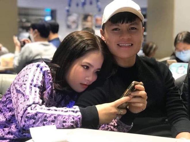 Trong vòng 1 tháng, Quang Hải vừa yêu cô chủ tiệm nail, làm quen Huỳnh Anh và gặp Nhật Lê để kết thúc tình cảm?-3