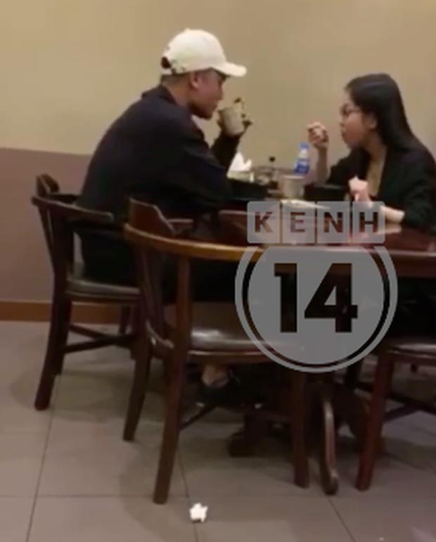 Trong vòng 1 tháng, Quang Hải vừa yêu cô chủ tiệm nail, làm quen Huỳnh Anh và gặp Nhật Lê để kết thúc tình cảm?-10