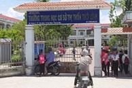 Hàng chục học sinh cấp 2 ngất xỉu ở Cà Mau