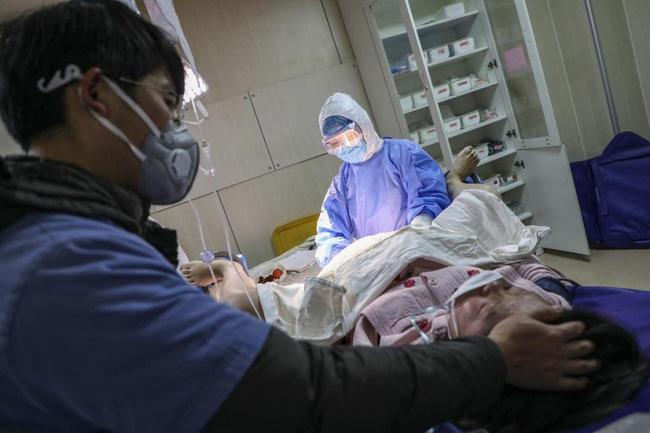 Từ vụ sản phụ 24 tuổi tử vong tại bệnh viện Việt - Pháp: Sau khi sinh mà thấy những dấu hiệu này, sản phụ cần thông báo với bác sĩ ngay kẻo gặp nguy-3