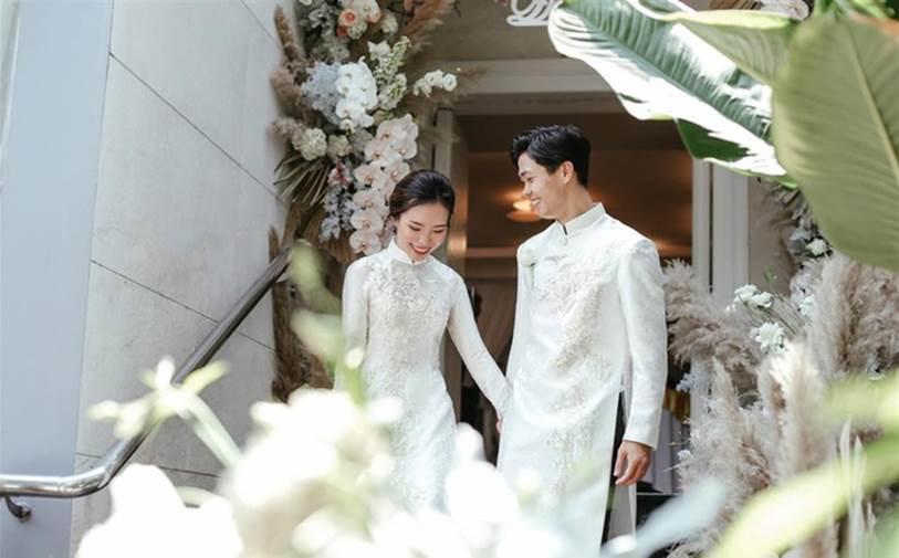 Rò rỉ hình ảnh Công Phượng râu ria rậm rạp, thần sắc rũ rượi trước đám cưới khiến ai nấy ngỡ ngàng-1