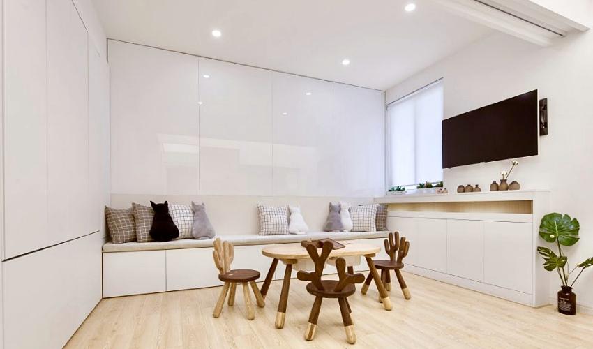 Căn hộ màu trắng chỉ vỏn vẹn 20m² vẫn đủ cho gia đình 6 người nhờ cách bố trí nội thất siêu linh hoạt-2