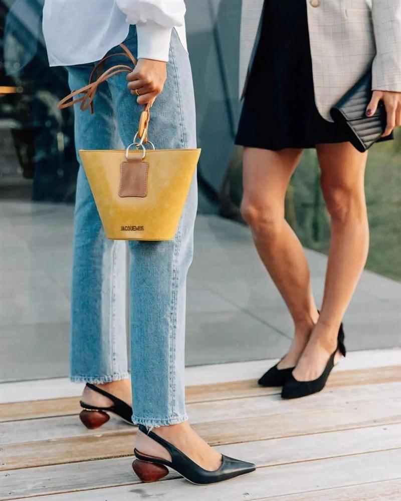 6 kiều giày hợp cạ với quần jeans, diện lên là thành quý cô thời thượng tức thì-4