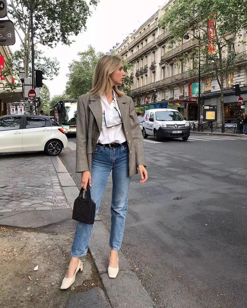 6 kiều giày hợp cạ với quần jeans, diện lên là thành quý cô thời thượng tức thì-15