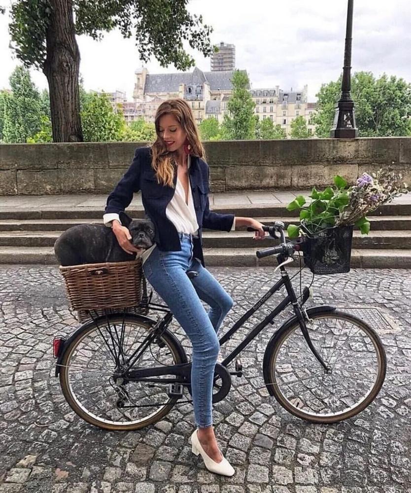 6 kiều giày hợp cạ với quần jeans, diện lên là thành quý cô thời thượng tức thì-16