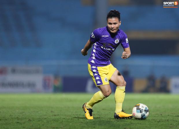 Quang Hải đá hay hơn hậu chia tay Huỳnh Anh, 3 lần cứu Hà Nội FC trên đường đua vô địch-2