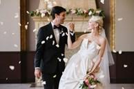 Ham lấy chồng Tây, cả tuần sau cưới tôi phải mặc đồ kín mít che vết tích tân hôn anh để lại