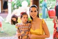 Siêu mẫu Hà Anh đau đầu khi phải 'đấu trí' với con gái khôn hơn tuổi, biết 'nắn gân' mẹ... nhiều người đồng cảm vì 'y chang con mình'